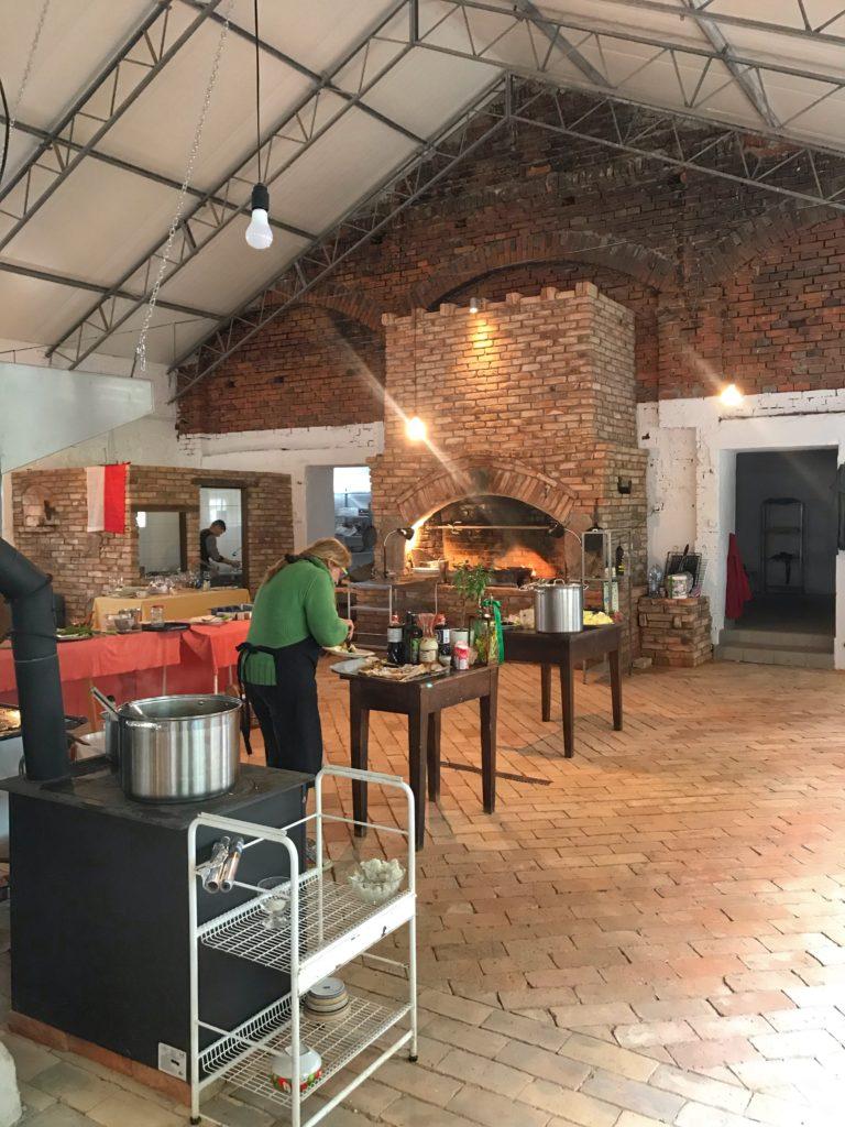 Linie w ogniu – kuchnia historyczna