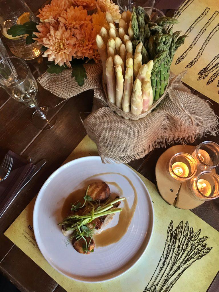 Szparagi, szparagi – kolacja degustacyjna Za Murem